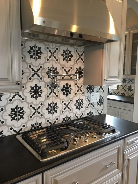 1930s Black And White Kitchen Tile Backsplashes White