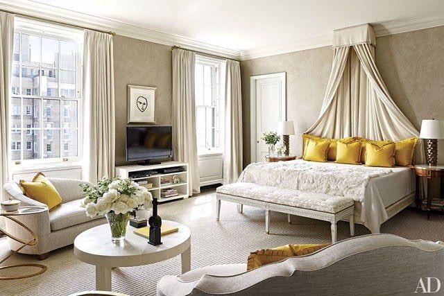 Элегантная спальня💛 #копилка_идей #интерьер #дизайнинтерьера #дизайн #декор #элегантность #вдохновение #interior #design #decor #interiordesign