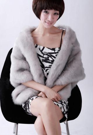 Warm faux fur shrug - grey. For weddings