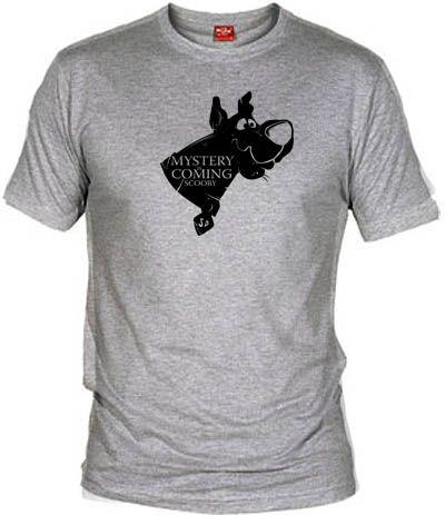 Camiseta Mystery is coming por dutyfreak , Camisetas Otros Dibujos Animados, Camisetas Dibujos Animados, Fanisetas, Mashup entre Scooby Doo y Juego de tronos.