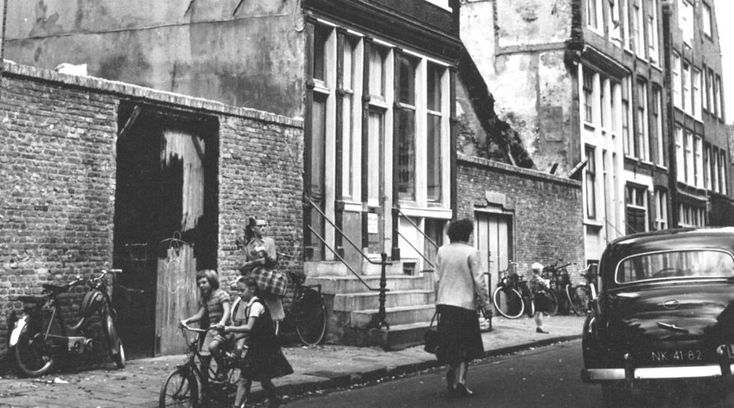 Amsterdam: De Kleine Kattenburgerstraat 1958