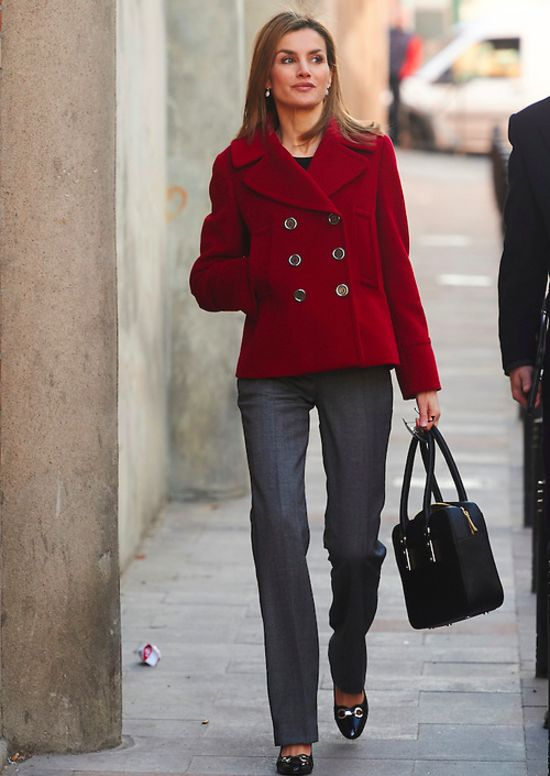 PRINCESS MONARCHY - Queen Letizia visited the headquarters of the Spanish Federation of rare diseases ERDF.
