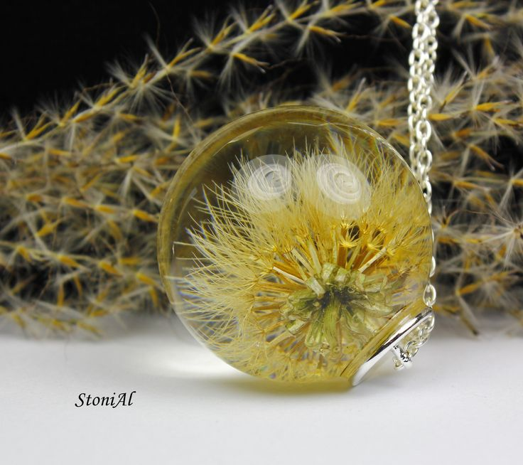 Dandelion put into Resin Sphere