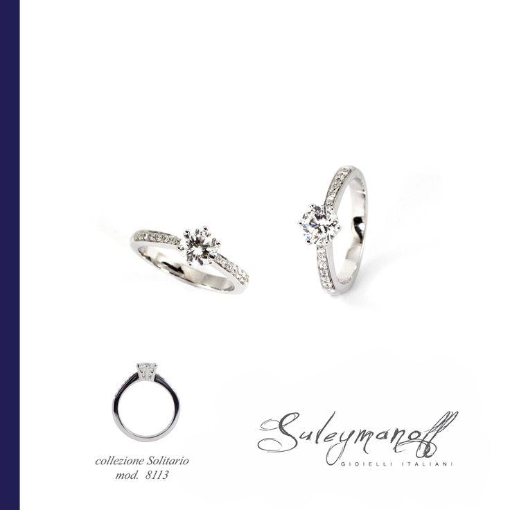 La forma circolare dell'anello lo fa identificare come simbolo di eternità.