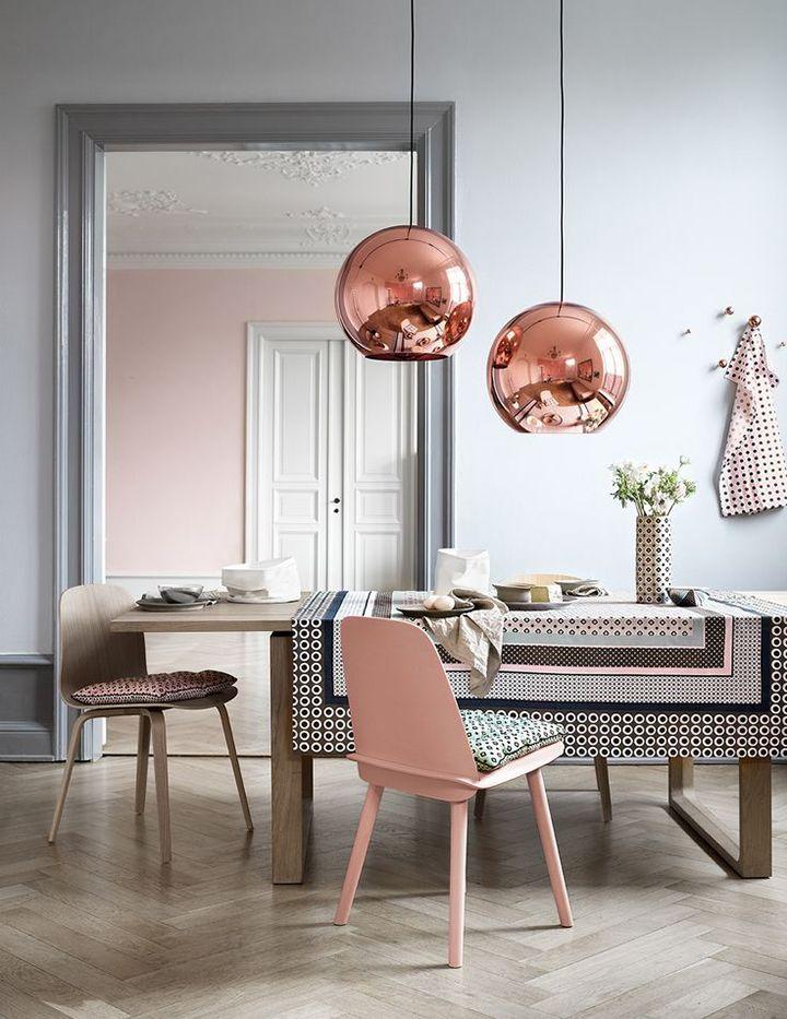 Decoração de: Sala de estar; pendente cobre; Casa de Valentina
