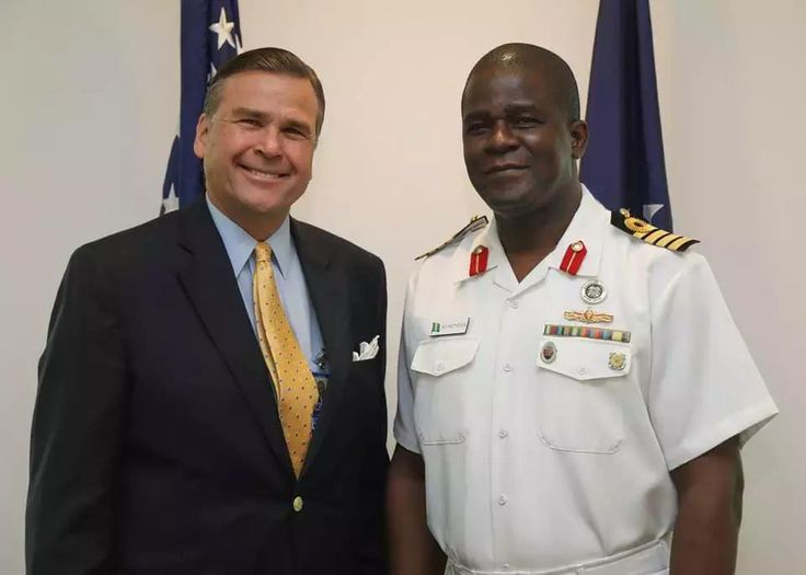 After 3 years in US, this is how Nigerian navy captain was recognized (photos) - http://www.thelivefeeds.com/after-3-years-in-us-this-is-how-nigerian-navy-captain-was-recognized-photos/
