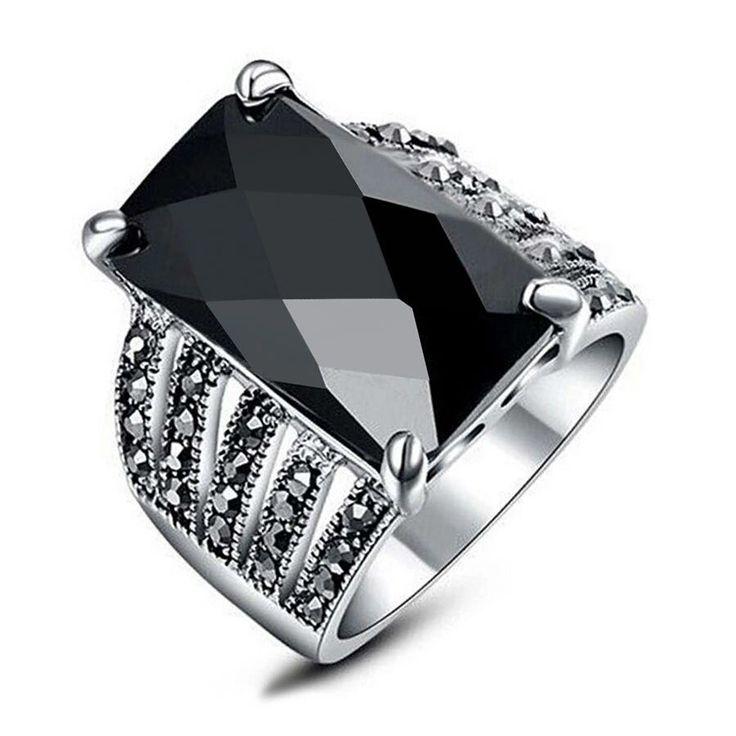 Modern chic elegant black onyx marcasite ring women ring jewelry gift for her!   #ELEGANT #UNIQUE #ONYX #MARCASIT #WOMEN #RING #JEWELRY