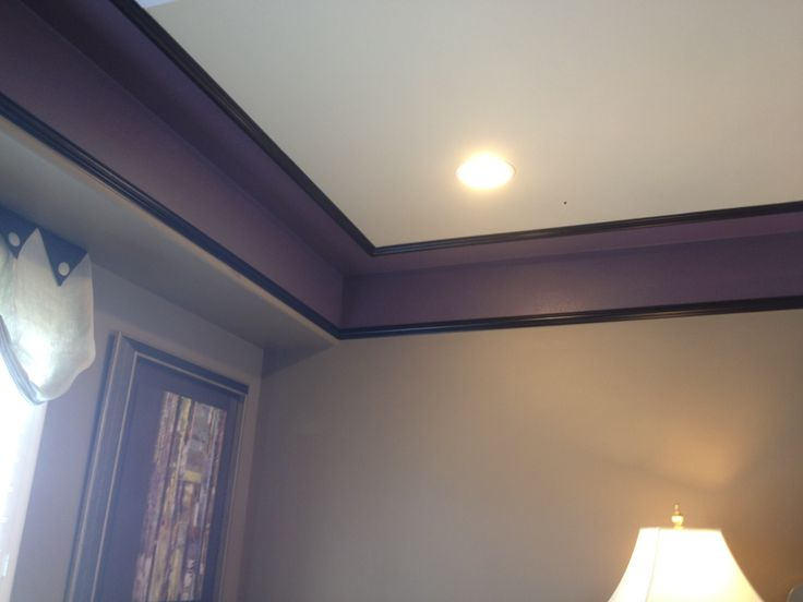 When Removing Terrible Wallpaper Border Instead Of Repainting The Whole Wall Paint A Bold Color Border Out Room Colors Wallpaper Border Best Ceiling Paint