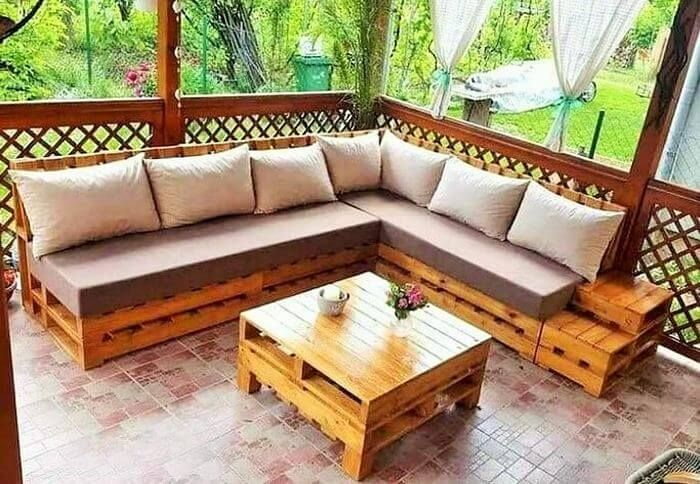 You Can Craft Some Breathtaking L Shaped Sofa Sets Made Of Wooden Pallet With Luxury Pallet Furniture Outdoor Outdoor Furniture Design Outdoor Furniture Plans