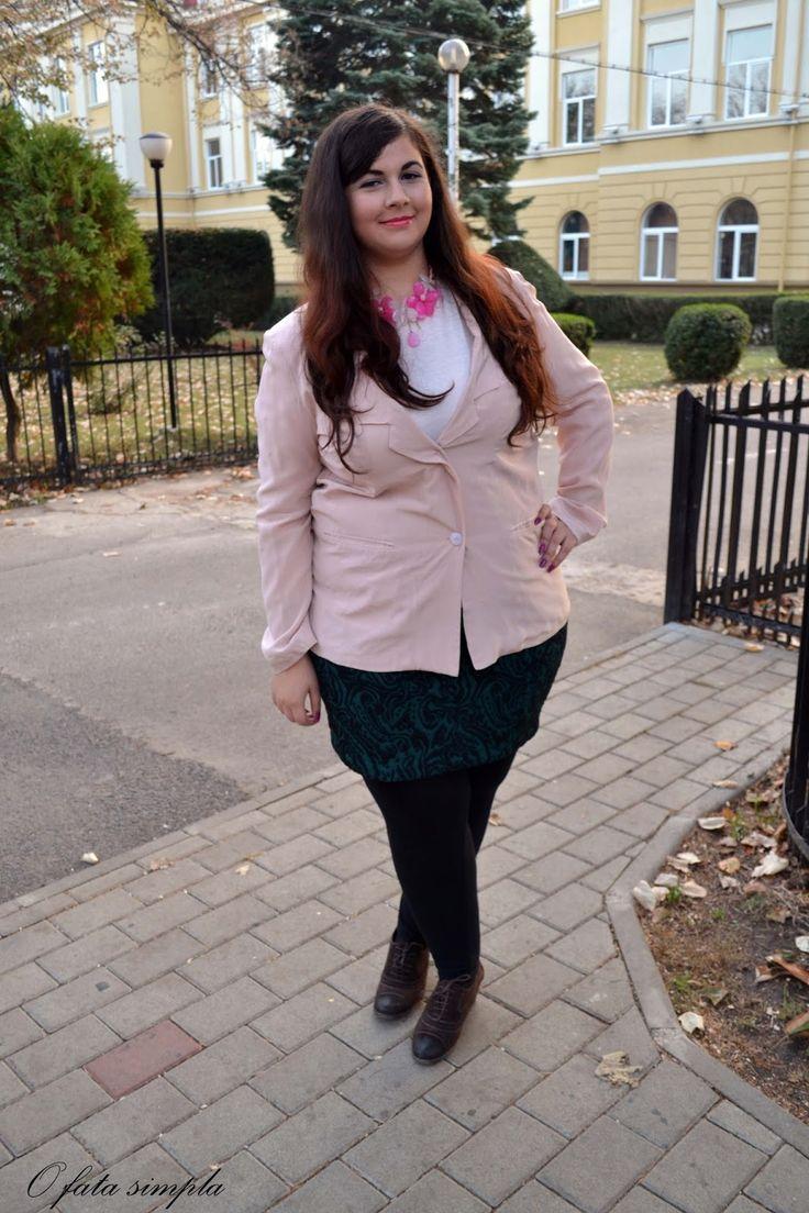 O fata simpla: Pink blazer and white lace #tbdress #oasap #pink