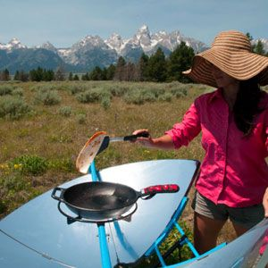 Say goodbye to filling up propane tanks or trying to get that charcoal to light. The SolSource Solar Cooker uses only the suns rays to cook your meal. Capable of reaching up to 750ºF in around 10 minutes, this solar grill is no pushover.