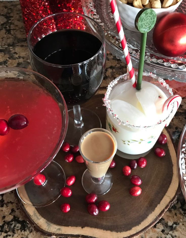 Plan the perfect holiday party with BJs Wholesale Club - a Cookies and Cocktail Party. #shoptheclub #ad http://gigglesgobblesandgulps.com/cookies-cocktail-party-bjs-wholesale-club/