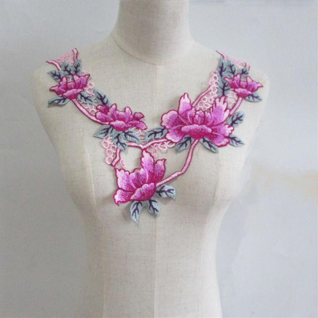 Alta calidad de la marca nuevo estilo de moda escote de encaje apliques bordados accesorios de Costura DIY decoración apliques YL304 caliente