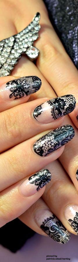 # Nails Black lace