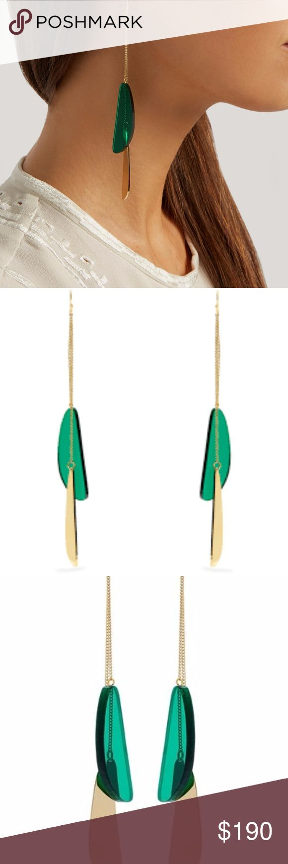 ISABEL MARANT Other Potatoes Chain Earrings These Isabel Marant Other Potatoes earrings will effortlessly elevate day and night looks. They're crafted in France with a green acrylic droplet that swings from fine gold-tone brass chains. Wear them with pared-back pieces to achieve nonchalant Parisian elegance. Product number: COLOUR: Green COMPOSITION: Acrylic and brass. COUNTRY OF ORIGIN: France Gold-tone and royal-blue acrylic abstract-shape droplet Gold-tone brass chain Hook fastening…