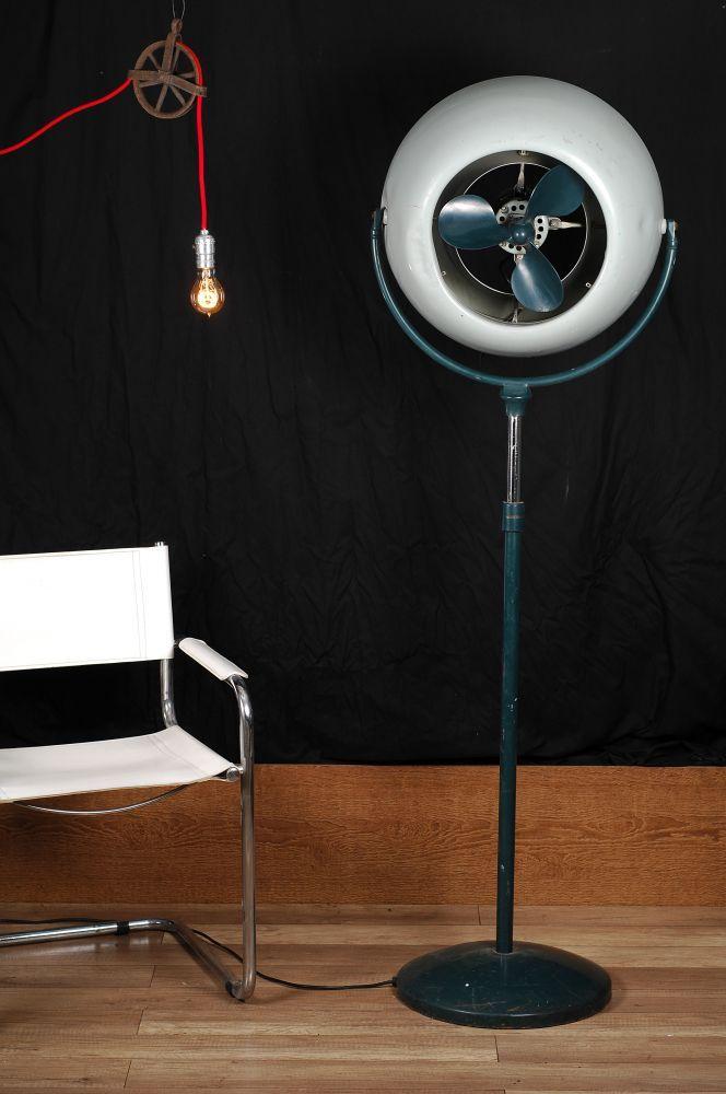 Ventilateur industriel antique / antique industrial fan - 21-inch diameter, adjustable height / 21 pouces de diamètre ajustable en hauteur