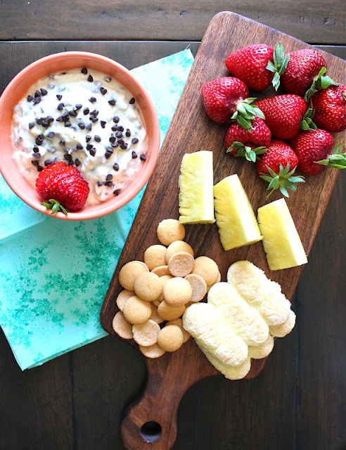 Cannoli Dip: Chocolates Chips, Cannoli Dips, Sweet Treats, Sweet Tooth, Cannolidip, Dips Yummy, Desserts Dips, Sweet Dips, Cream Chee