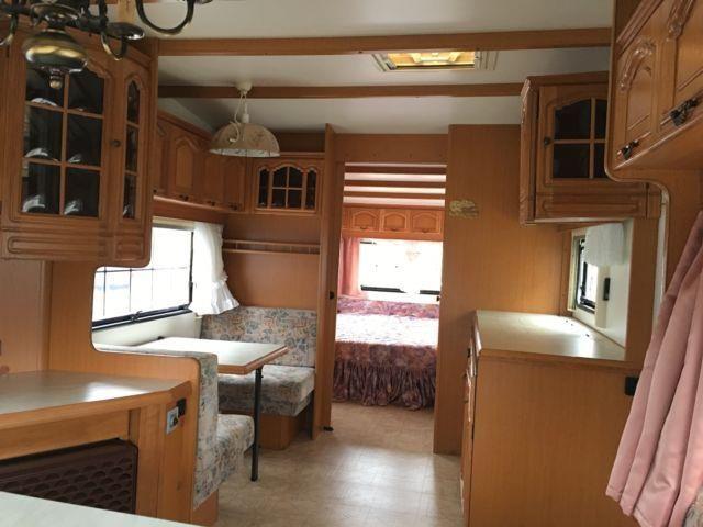 die besten 25 wohnwagen gebraucht ideen auf pinterest. Black Bedroom Furniture Sets. Home Design Ideas