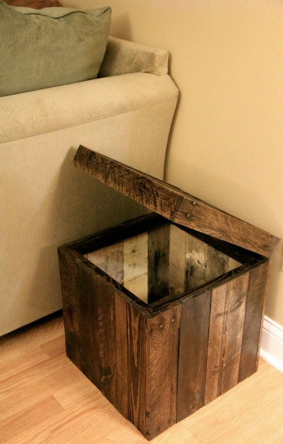 Storage Cubed Ottoman made from Pallet Wood <3<3 Find DIYs, camping tips, and 1000s of great ideas on all the BOUND4BURLINGAME boards.