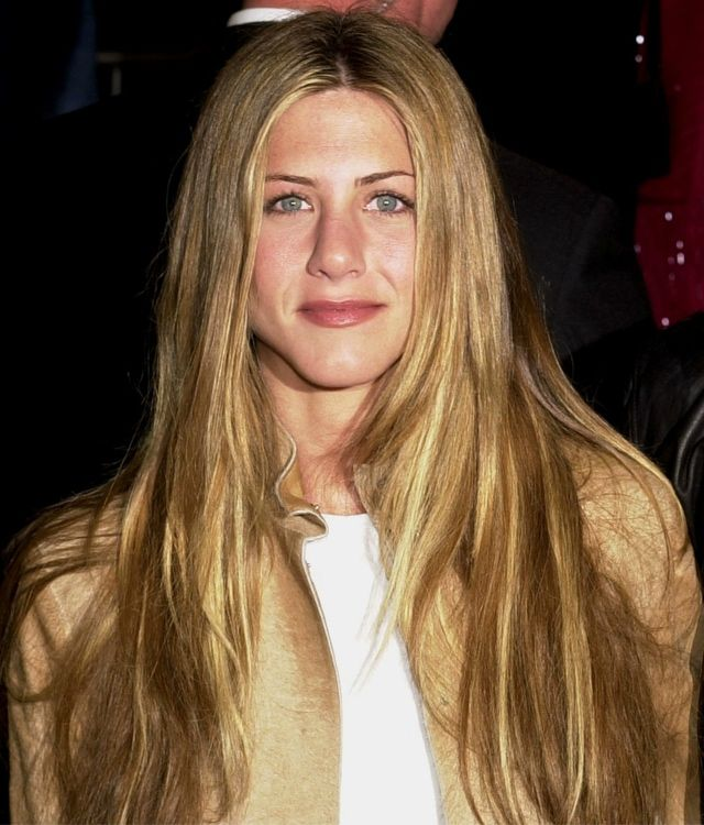jennifer aniston really long hair | Jennifer Aniston Hairstyles: 20 of Her Most Iconic Hairstyles