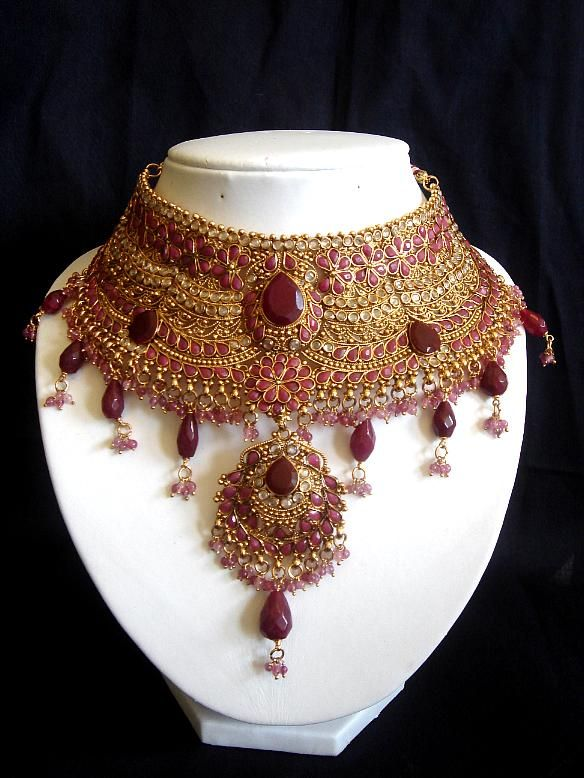 Jodha Akbar inspired Pakistani Bridal Necklace.