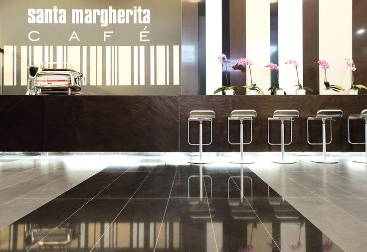 EXHIBIT DESIGN: SM CAFÈ | Client SANTAMARGHERITA | Event MARMOMACC 2008 | Location VERONA