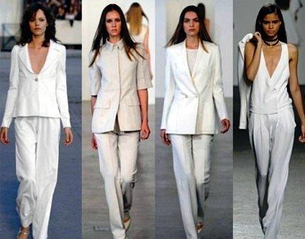 Белый костюм классический женский