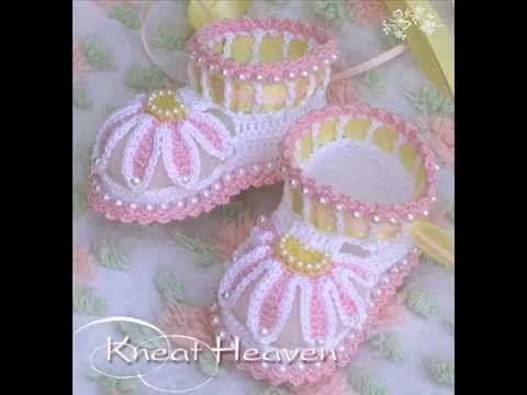 Копия видео Красивые пинетки для новорожденных. Crochet baby booties
