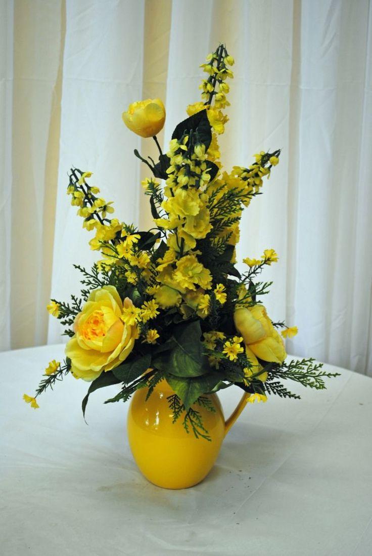 idée de composition florale en jaune