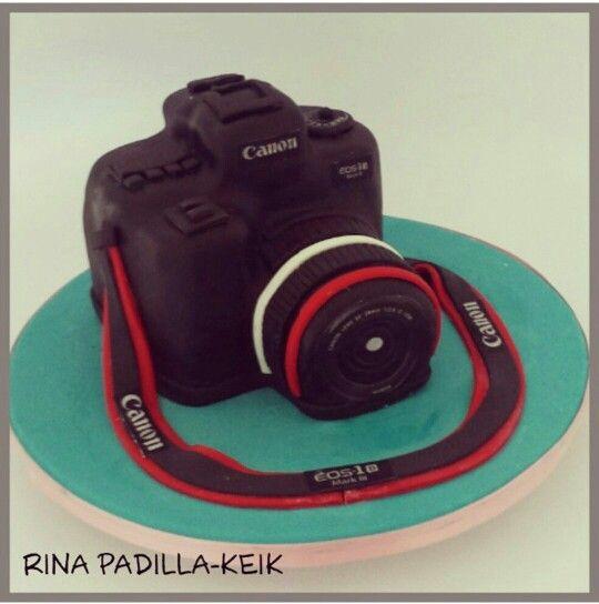 CAMARA CANNON CAKE