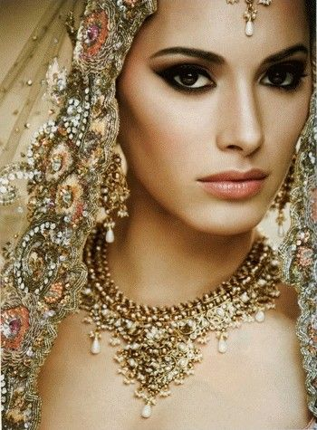 Indian Bridal Makeup —Gorgeous! #desibride #southasianbride  For more South Asian Wedding Inspiration + Beauty Tips, check out http://www.saffluence.com!
