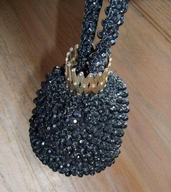 Vintage portemonnee tasje zwarte stro en door YoursOccasionally