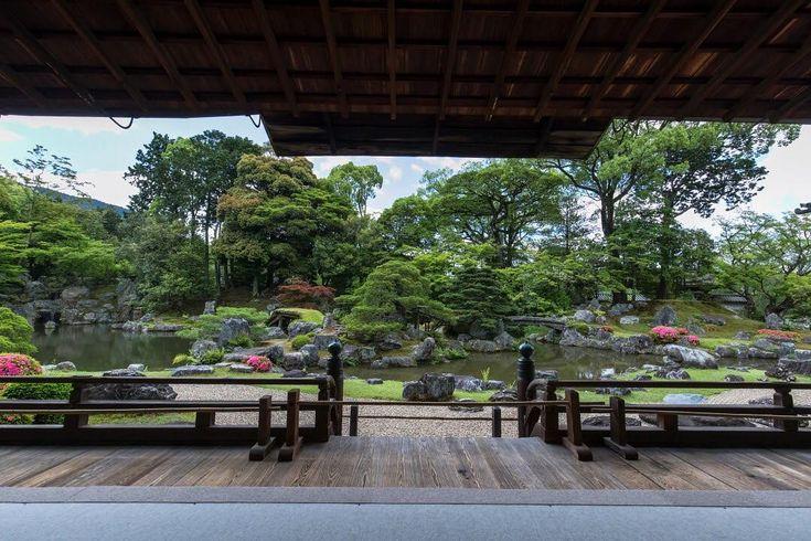 醍醐寺 三宝院 世界遺産 京都 〜Daigoji-temple,Sanpo-in-garden,Kyoto,Japan〜 ーThe Historic Monuments of Ancient Kyotoー . ※随分と久しぶりに訪れた三宝院さんです。 車に積んでいた12mmの超広角レンズを持ってくればよかったと後悔しました… #kyoto_nara_okaz_best_selections #insta #instagram #instagramjapan #instagood #instatravel #travel #ig_japan #ig_nippon #IGersJP #japan #kyoto #Daigoji #worldheritage #unesco #canon #canonphotography #eos #5dmarkiv #5dmark4 #amazing #京都 #醍醐寺 #三宝院 #そうだ京都行こう #そうだ京都は今だ #こんな京都があったのか