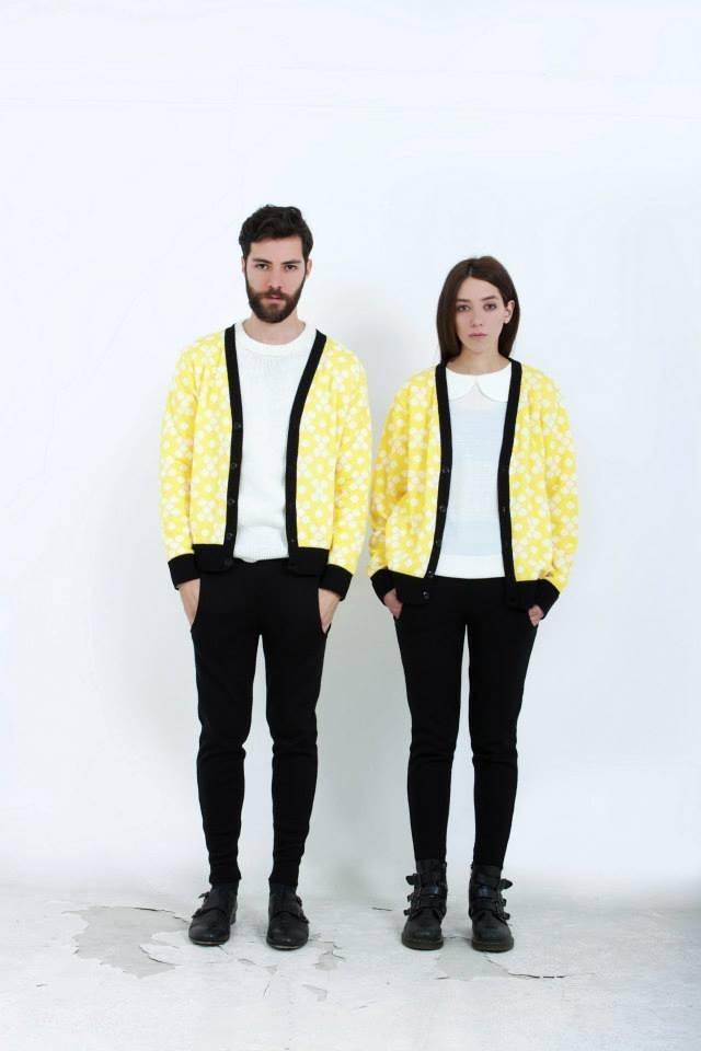 C o t t o n (cardigan)  S w e e t p a i n (peter pan collar knit blouse)  Black (knit trousers)