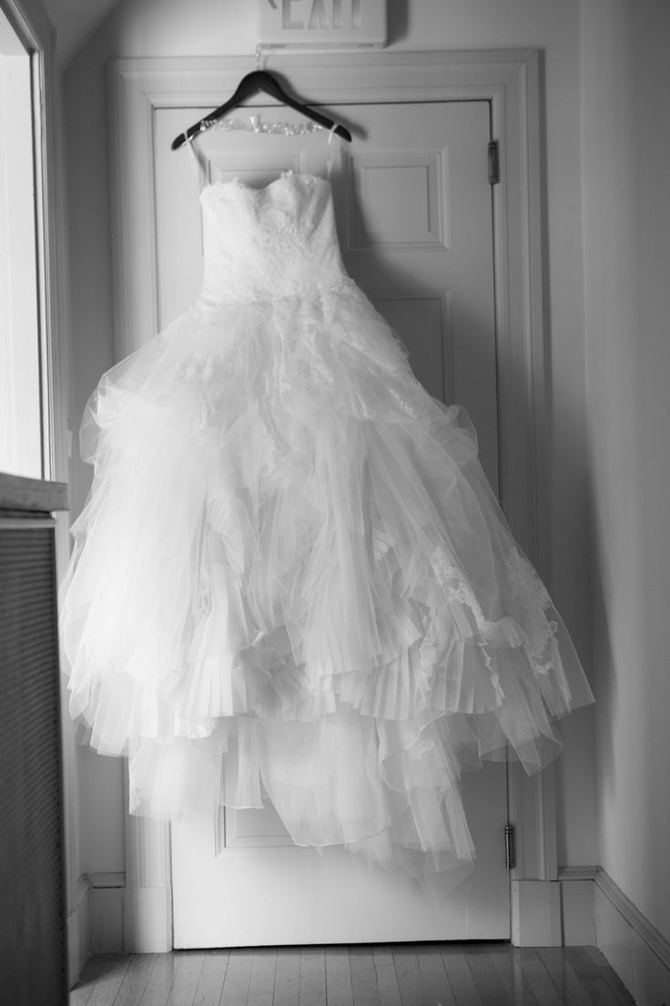 12 best DDRESS - Vera Wang Eliza images on Pinterest | Wedding ...