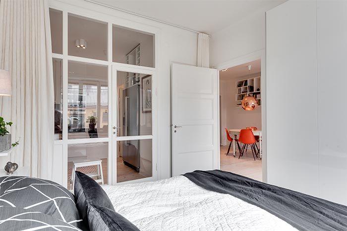 4-piso-estilo-nordico-mesa-comedor-blanca-redonda-con-sillas-rojas ...