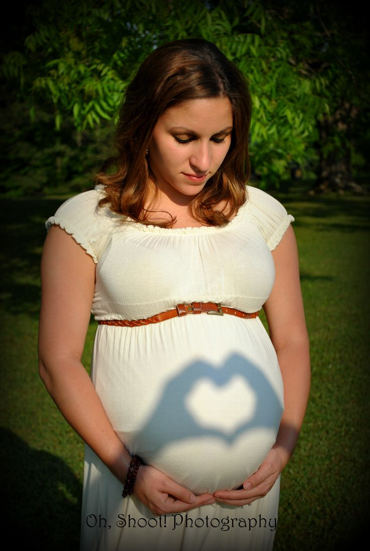 Maternity pictures by Oh, Shoot! Photography @INDI Interiors Parsons I love this idea