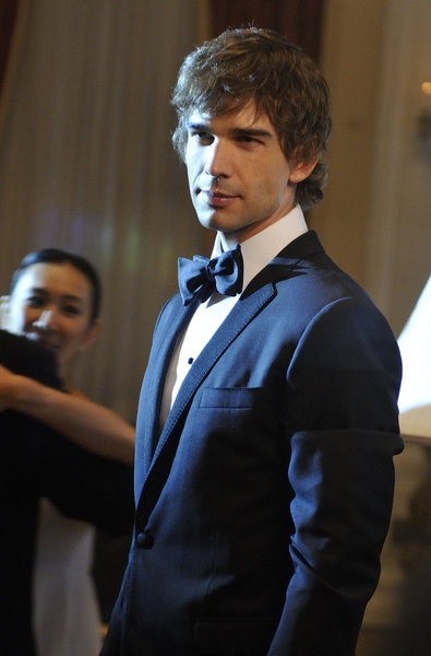 """COVERT AFFAIRS -- Episode 309 """"Suffragette City"""" -- Pictured: Christopher Gorham as Auggie Anderson"""