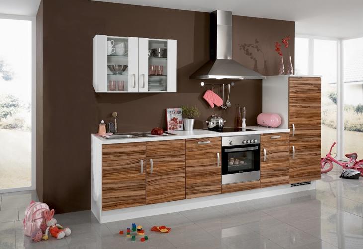 #Küche in dunklem Holz #Holzküche #Küchenzeile www.dyk360-kuechen.de