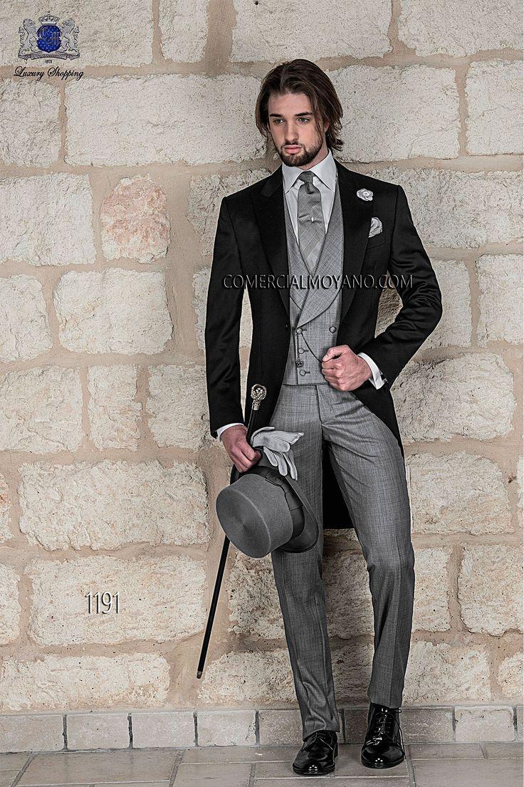 グレーとブラックでメリハリをつけたモーニングスーツ。結婚式、花婿さんの参考にしたいモーニングのイメージ。 ウェディング・ブライダルの参考に