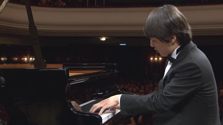 조성진 Seong-Jin Cho – Piano Concerto in E minor Op. 11 (final stage of the Chopin Competition 2015)