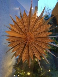 Stern aus Buchseiten inklusive Anleitung / Star made of bookpages including tutorial / Upcycling