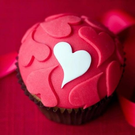 Valentine's Day cupcake Please follow me back for inspiration Thank You!
