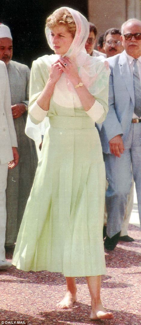 Diana, Princess of Wales dressed for modesty as she visited a mosque during a trip to Egypt in 1992