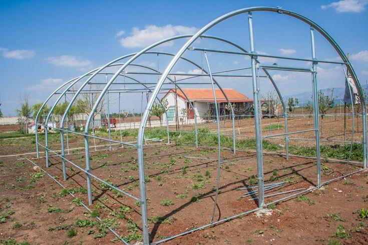 http://www.greenhouses.gr/portfolio/ερασιτεχνικα-θερμοκηπια-κηπου