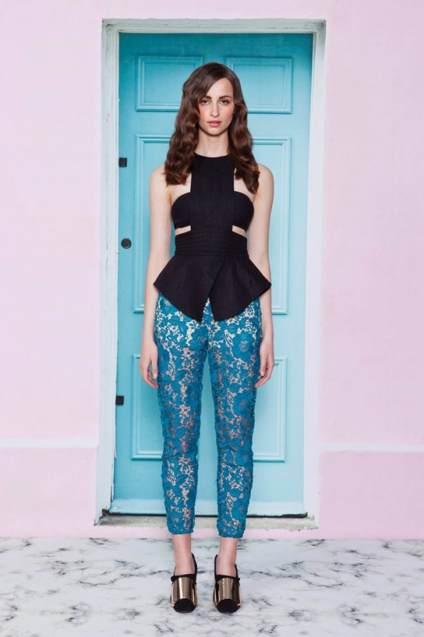Modern and Youthful Women's Looks in Cameo 2013 Collection