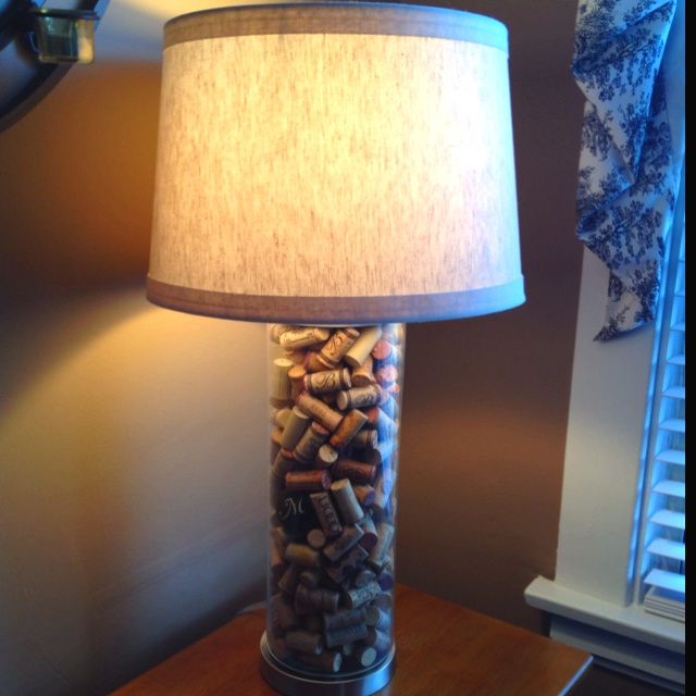 1000 images about lamps on pinterest wine bottle corks for Wine cork lampshade