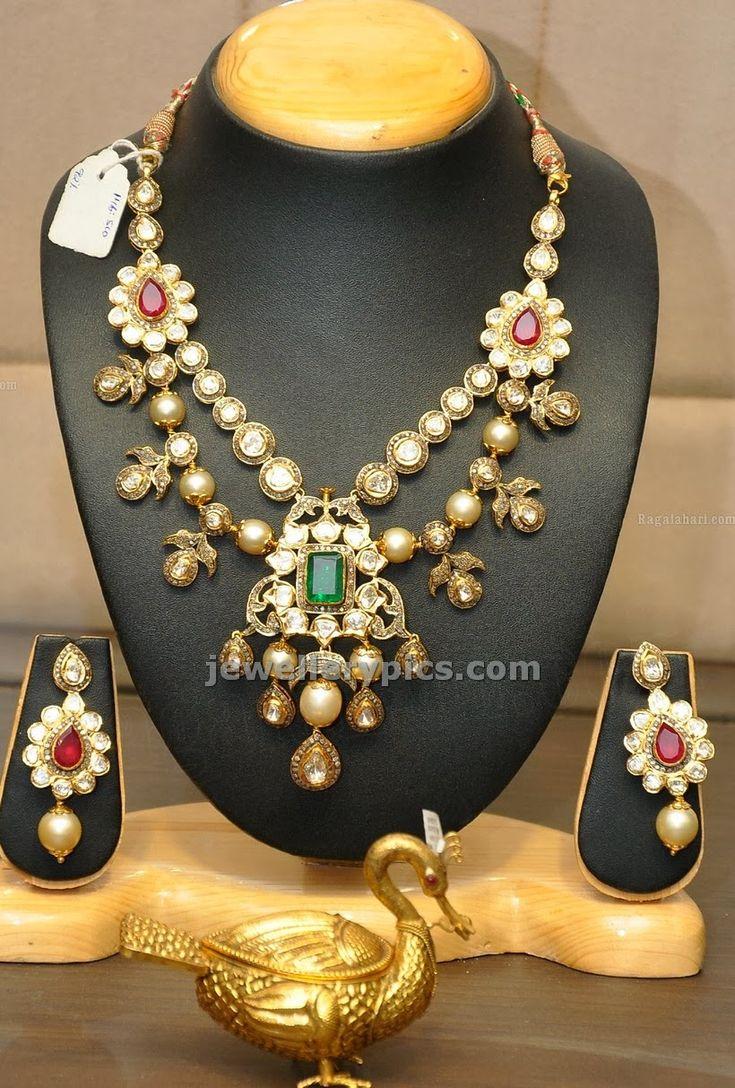 jewellery design pictures: Uncut Wedding jewellery