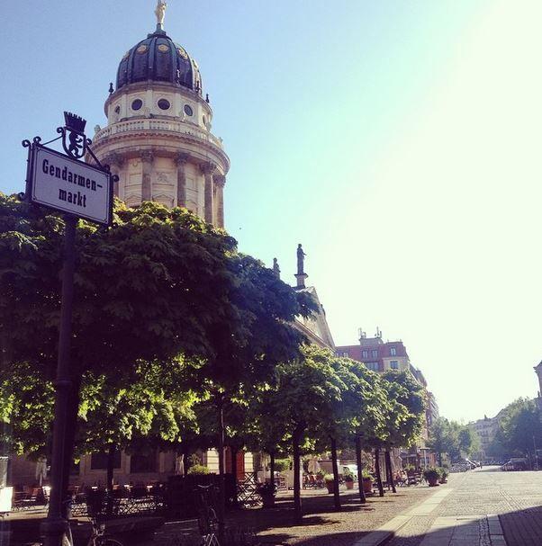Guten Morgen Berlin! ☀️Bei so einem Wetter macht der Weg zur Arbeit doch Spaß
