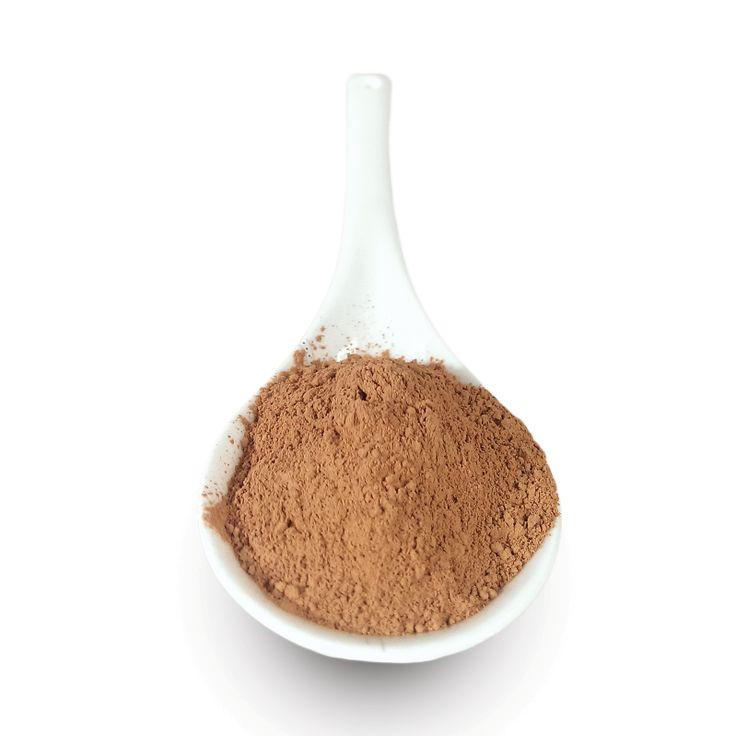 Czerwona glinka kosmetyczna jest bardzo drobna oraz lekka. Jest odpowiednia dla osób mających normalną oraz tłustą skórę